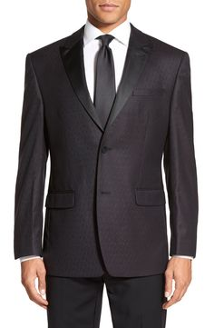 This Andrew Marc wool jacket has such a clean-cut and classic look. Event worthy, that's for sure!