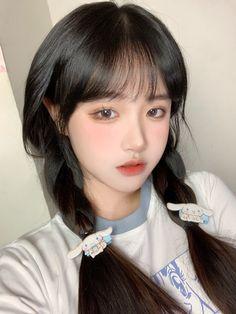 Korean Beauty Girls, Pretty Korean Girls, Cute Korean Girl, Asian Beauty, Asian Girl, Ulzzang Fashion, Ulzzang Girl, Aesthetic Makeup, Aesthetic Girl