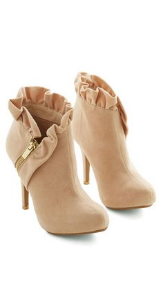 Ruffled Zipper Booties ~ Article above???