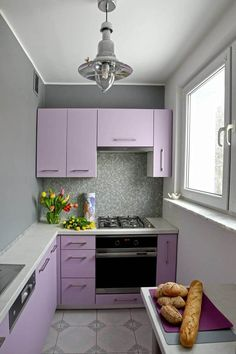 Browse photos of Small kitchen designs. Discover inspiration for your Small kitchen remodel or upgrade with ideas for organization, layout and decor. Kitchen Room Design, Kitchen Colors, Home Decor Kitchen, Kitchen Interior, Home Interior Design, Home Kitchens, Kitchen Ideas, Purple Kitchen Designs, Small Kitchen Set
