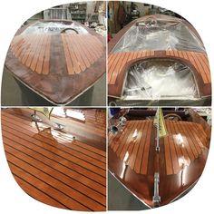 Statusbericht an Brücke: Holzparty am Steinhuder Meer fast abgeschlossen. #wartungsmodus  #steinhude #steinhudermeer #steinhuder #holzboot #torqeedo #boot #boat #classicboat #wellenbinder #woodenboat