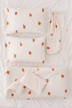 Designer Bedding Sets On Sale Duvet Bedding, Comforter Sets, Cheap Bedding Sets, Bedding Sets Online, Luxury Bedding Sets, College Bedding Sets, Peach Bedroom, Bedroom Bed, Houses