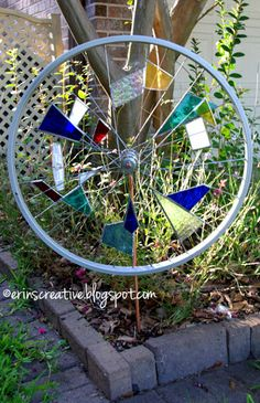 Stain glass upcycling of a bike wheel