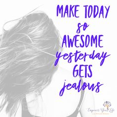 Good Morning! ☀️ Shift those thoughts! Today is going to be so amazing and I'm taking control of how I react to any situation. I'm making decisions that are the best for me and I'm sending out positive vibes. #positivevibes #mindfulness #mindfulnesscoach