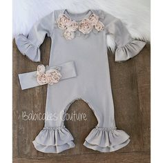 Luxury Baby Clothes, Winter Baby Clothes, Baby Girl Winter, Cute Baby Clothes, Girls Coming Home Outfit, Take Home Outfit, Toddler Girl Outfits, Kids Outfits, Toddler Girls