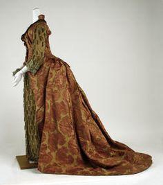 28-10-11 Dress, Evening  ca. 1886