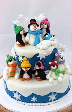 Cool Christmas Cake With Snowman And Penguin While parents go for a more cartoon-themed Christmas cakes, childless couples are seen opting for the more rustic ones. get some Christmas cake decor ideas Christmas Cake Designs, Christmas Cake Decorations, Christmas Sweets, Holiday Cakes, Christmas Baking, Christmas Cakes, Christmas Baubles, Xmas Cakes, Fondant Decorations