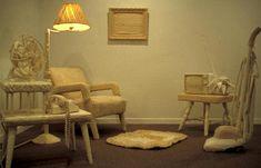 De Janet Morton   http://www.ccca.ca/artists/artist_info.html?languagePref=en_id=5793=Janet+Morton