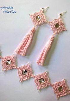 tatted bracelet and tassel earings - tatted jewellery from Frivolitky KarOlin, handmade jewellery