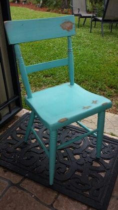 Before picture of vi tage wood chair