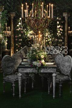 Organic centerpiece in a bucolic garden mood Wedding Arrangements, Wedding Centerpieces, Some Enchanted Evening, U2, Garden Wedding, Storytelling, Greenery, Floral Design, Chandelier