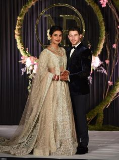 Bollywood actress Priyanka Chopra and musician Nick Jonas stand for photographs at their wedding reception in New Delhi, IndiaChopra Jonas Wedding, New Delhi, India – 04 Dec 2018 -- HollywoodLife Indian Wedding Outfits, Bridal Outfits, Indian Outfits, Bridal Dresses, Nick Jonas, Look Rock, Priyanka Chopra Wedding, Bollywood Wedding, Bollywood Style
