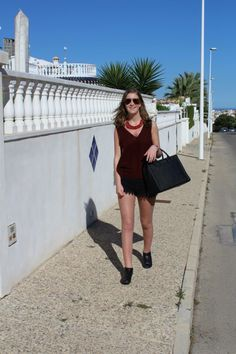 A simple look in spain My Outfit, That Look, Spain, Simple, Womens Fashion, Outfits, Black, Dresses, Fashion