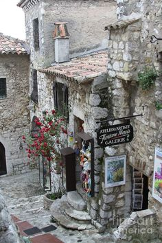 artistloveworld, coisasdetere: Eze Village - France.