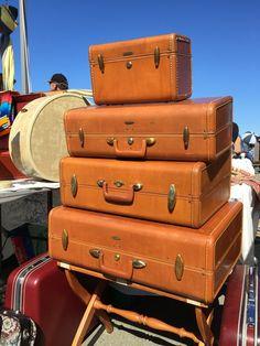 Classic, vintage luggage set of four (4) beautiful Samsonite suitcases!