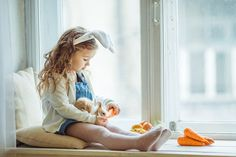#spring #easter #easterbunny #bunny #animals #holiday #food #carrot #window #child #girl #friends #pet