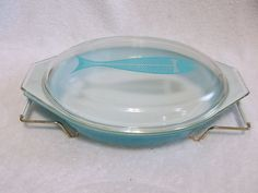 Hard to Find Vintage Pyrex Aqua Turquoise Fish Oval Casserole Lid with Holder...yeah I'll probably never find one of these but I can dream, right?