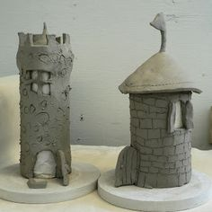 Kids Art Activity: Clay castles - could be a fun clay art project for kids - toilet paper roll or pringles can inside to hold up tower while working Clay Projects For Kids, Kids Clay, Clay Art For Kids, Log Projects, Kids Crafts, Art Clay, Art Activities For Kids, Pottery Classes, Ceramics Projects