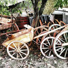 http://ift.tt/1yc0esc #europeanantiques #europeanantiquebuyingtrips #rustic #reclaimed #primitives #antiques #antiquebuyingtrips #farmhousestyle #hungary #homedecor #gardendecor #salvage #cottagestyle #countrystyle #wagonwheels by antiquebuyingtripsinhungary