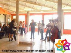 """MICHOACÁN MÁGICO te invita a visitar el Centro Cultural Amalia Solórzano, el cual esta situado en el portal Codallos, en el centro  de Tacámbaro, en este lugar se realizan conferencias y exposiciones Músico-Culturales, y cuenta con un área dedicada a la explicación de el por que se le llaman """"los pinos"""" al lugar donde viven nuestros presidentes. HOTEL ZIRAHUEN http://www.hzirahuen.com/"""