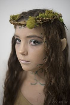Forest Elf or Fairy Costume - Makeup Tutorial For Teens Fairy Costume Diy, Olaf Halloween Costume, Fairy Costumes, Dryad Costume, Halloween 2018, Halloween Stuff, Halloween Ideas, Halloween Party, Woodland Fairy Costume