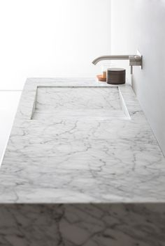 Countertop rectangular Carrara #marble washbasin D TAGLIO by Rexa Design | #design Susanna Mandelli @rexadesign