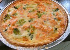 Quiche au saumon frais et brocoli WW, recette d'une savoureuse quiche légère sans crème fraîche, facile à faire et parfaite à déguster chaude ou froide.