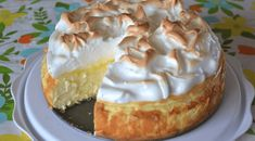 """Love lemon meringue pie and cheesecake? Well this is the best of both worlds. Great any time of year and sure to impress your guests."" This Lemon Meringue Cheesecake is made with a buttery graham cracker crust, creamy Lemon Pie Bars, Lemon Cream Cheese Bars, Food Cakes, Cupcake Cakes, Lemon Desserts, Just Desserts, Dessert Recipes, Lemon Recipes, Lemon Mirangue Pie Recipe"
