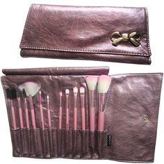 Kit de 12 pincéis  Macrilan Lilás Laço  R$49.90 Por R$ 45.90 na loja    http://mulhervaidosa.tanlup.com/product/486289/kit-de-12-pinceis-macrilan-lilas-2