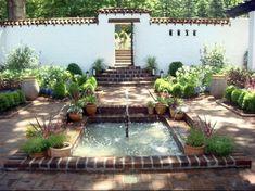 Brick Courtyard, Spanish Courtyard, Courtyard House Plans, Courtyard Design, Patio Design, Courtyard Landscaping, Landscaping Ideas, Design Design, House Design