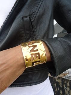 vintage gold quilted CHANEL cut out runway bracelet bangle @}-,-;--