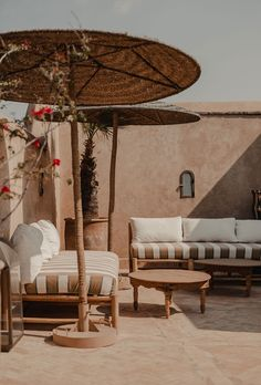 Feel welcome to our riad with rooftop in the Marrakech Medina. Our charming rooftop terrace is the perfect spot to dine al fresco, sunbathe or just relax. Hotel Riad, Outdoor Spaces, Outdoor Living, Riad Marrakech, Types Of Houses, Living Spaces, Interior Design, Luxury, Rooftop Lighting