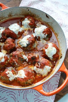 Baked Spinach and Ricotta Meatballs @aggieskitchen