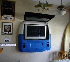 Painel para TV, Com traseira de Kombi.