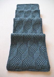 Ravelry: Carmela-Biscuit's Asherton Reversible Scarf – Knitting Patterns Dress Mens Scarf Knitting Pattern, Mens Knitted Scarf, Knitting Stitches, Knitting Patterns Free, Knitted Shawls, Free Knitting, Free Crochet, Knit Crochet, Crochet Patterns