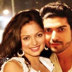 Gurmeet Choudhary, Whatsapp Profile Picture, Drashti Dhami, Indian Movies, Best Couple, Favorite Tv Shows, Film, Couples, Instagram Posts
