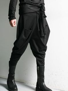 This Fashion Men Pulling Ropes Double Pockets Long Harem Pants Sells Very Well in Spring.It is Ready for Modern Men.Double Pockets Design Can Make You Go in the Fashion Front.Enjoy Your Own Style. Cyberpunk Mode, Cyberpunk Fashion, Dark Fashion, Mens Fashion, Street Fashion, Ninja Outfit, Drop Crotch Pants, Apocalyptic Fashion, Vogue Patterns