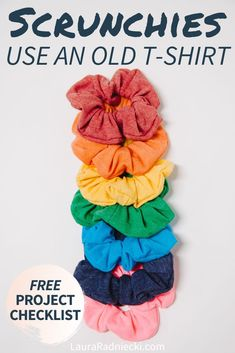 Here's a step-by-step sewing tutorial showing how to make a DIY scrunchie out of an old t-shirt. Upcycle old clothes into easy and fun new DIY scrunchies! Source by lauraradniecki Diy Hair Scrunchies, How To Make Scrunchies, Clothes Crafts, Sewing Clothes, Diy Clothes To Sell, Recycle Old Clothes, Diy With Old Clothes, Diy Clothes Design, Sewing Shirts