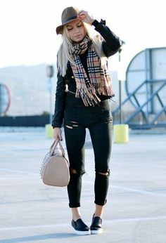 Total black with burberry scarf