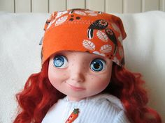 Hat for Animator dolls...there's a free hat pattern here. Probably need to print on A4 paper. (GC)