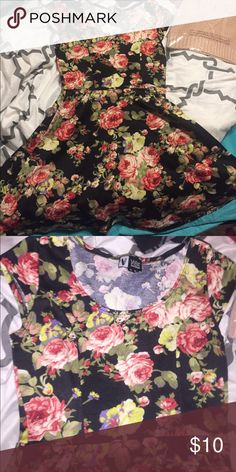 2/$10 Floral sportswear dress Great used condition! Beautiful floral pattern VIBE Dresses