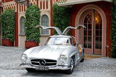 Mercedes gullwing 300sl