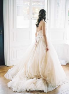 Spectacular Wedding Gown by AvaLaurennebride.com || Photography: MichaelandCarina.com/  See More: http://www.stylemepretty.com/2015/05/16/elegant-romantic-southern-bridal-session/