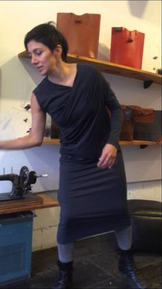 METAmorph Dress How to video of one style with Susana Erazo