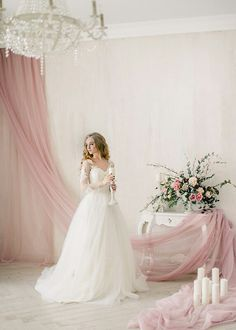Romantic Wedding Decor, Wedding Bride, Dream Wedding, Wedding Decorations, Bridal Room Decor, Wedding Colors, Wedding Styles, Valentine Backdrop, Brides Room