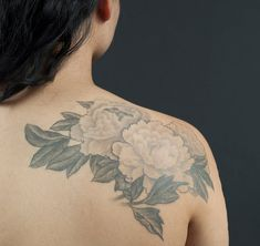 I don't really like the dark outlines on the flowers, but I love the leaves & how feminine it is