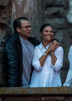 Princess Victoria & Prince Daniel attended Per Gessle's concert at Borgholm Castle. © The New Royalty World 2017 Victoria Prince, Princess Victoria Of Sweden, Princess Estelle, Crown Princess Victoria, Swedish Royalty, Prince Daniel, Queen Silvia, Persona, Couple Photos