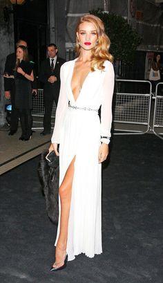 6ac59d70507 Rosie Huntington-Whiteley Photo - The Moet   Chandon Etoile Awards Fashion  Moda