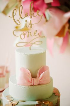 Pink and Gold Bow First Birthday Party Photo 6