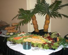 This is a simple catering how-to involving how to serve and keep your hot foods hot at a home party, wedding or any event. Chafing dishes are one type of catering dish can give you the ability to keep your foods at a safe serving temperature as well. Luau Party, Party Snacks, Luau Theme, Party Recipes, College Graduation Parties, Graduation Ideas, Veggie Display, Pineapple Palm Tree, Tropical Party